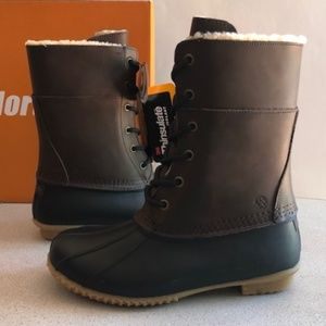 Northside Waterproof Leather Duck Boot. Size 7